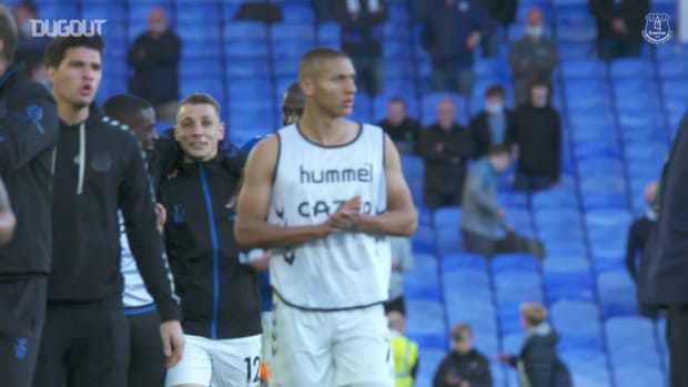 Behind the scenes: Everton stars show appreciation for home support