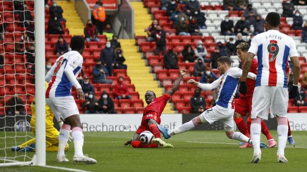Sadio Mane Scores Against Crystal Palace