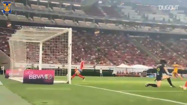 Stephany Mayor's great goal against Chivas
