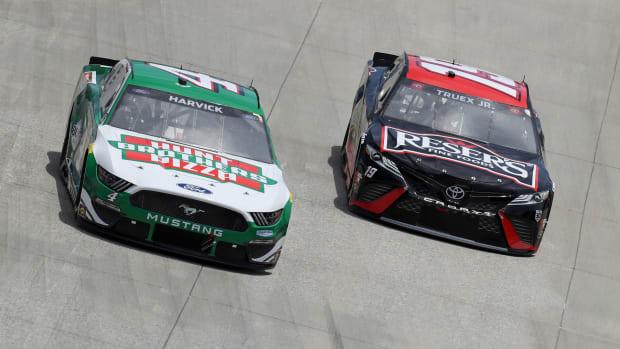 NASCAR Kevin Harvick Martin Truex Jr.