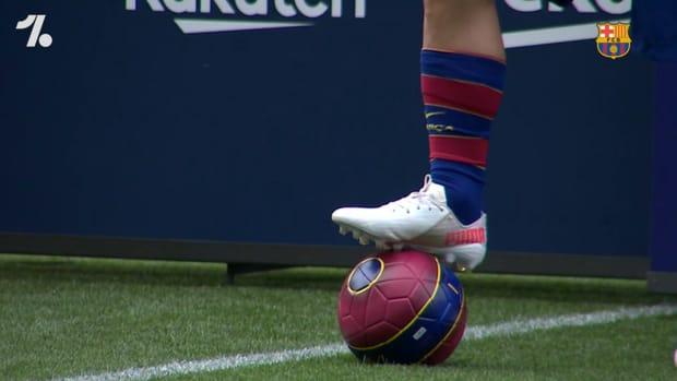 Sergio Agüero's first steps at Camp Nou