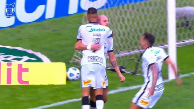 Cássio's incredible save secures Corinthians win vs América-MG