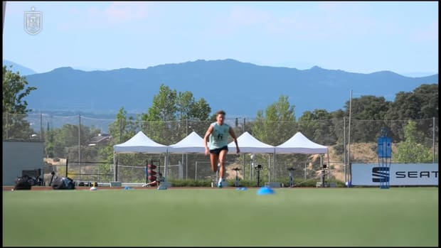 Marcos Llorente sprinting