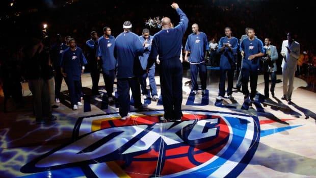 OKC Thunder's first game in franchise history vs the Bucks