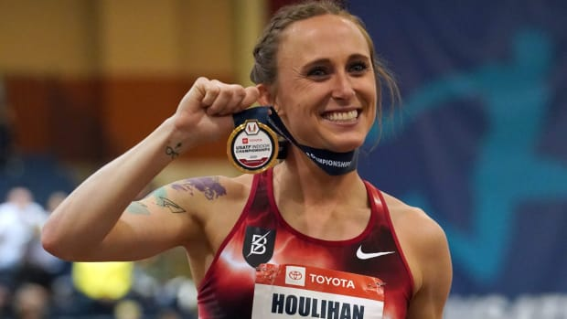 Shelby Houlihan after her win in the women's 3,000m at the 2020 U.S. Indoor Track and Field Championships.
