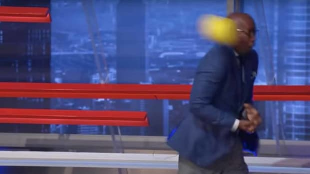 """Former NBA player and current """"Inside the NBA"""" analyst Kenny Smith hit in the face with a soft dodgeball"""