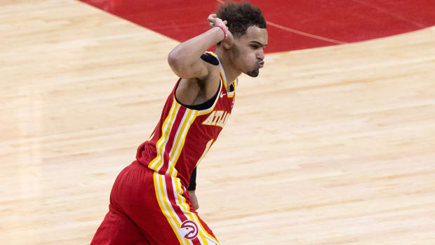 trae-young-hawks-sixers-game-5