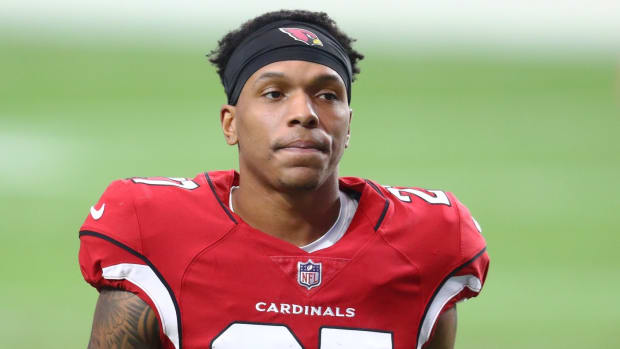 Arizona Cardinals cornerback Kevin Peterson (27) against the Washington Football Team at State Farm Stadium.