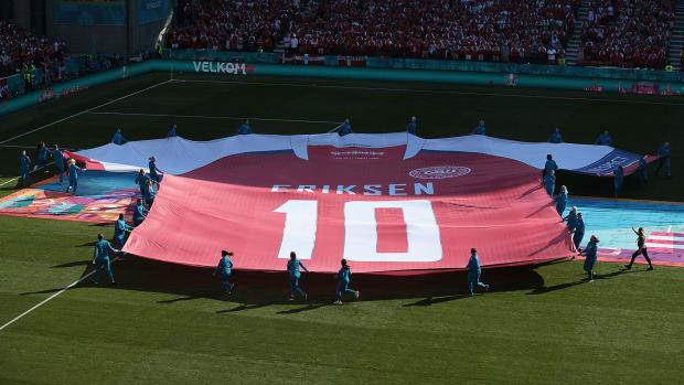 Denmark pays tribute to Christian Eriksen