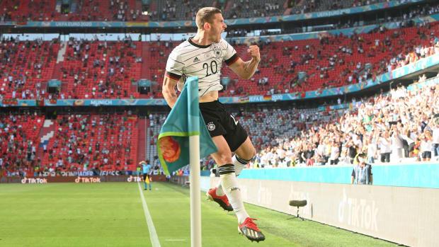 Robin Gosens scores for Germany vs. Portugal