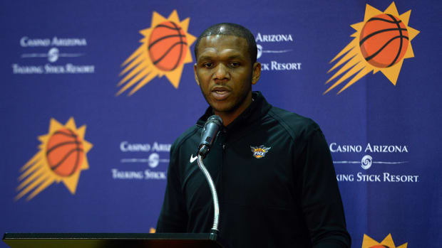 James Jones at a press conference with the Suns.