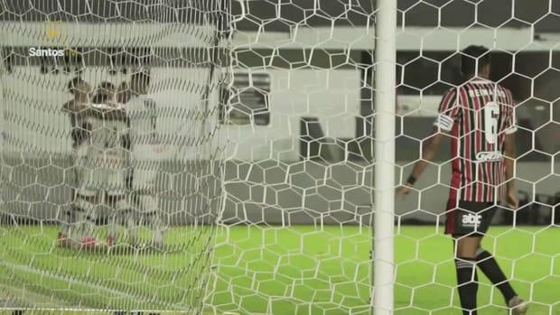 Santos beat São Paulo at Vila Belmiro