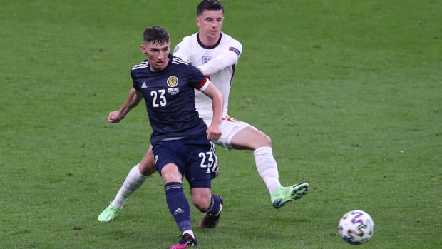 Scotland's Billy Gilmour tests positive for COVID-19