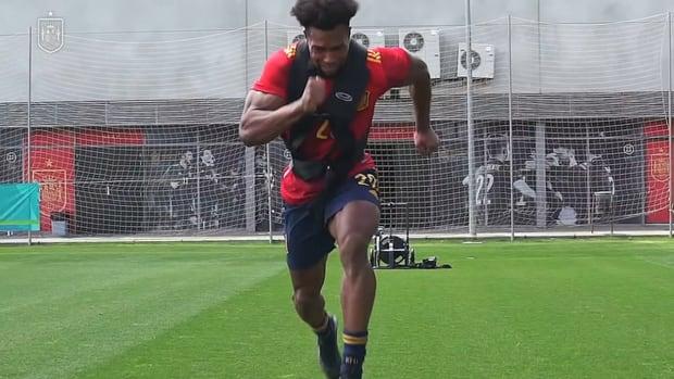 Adama Traoré's power and strength training