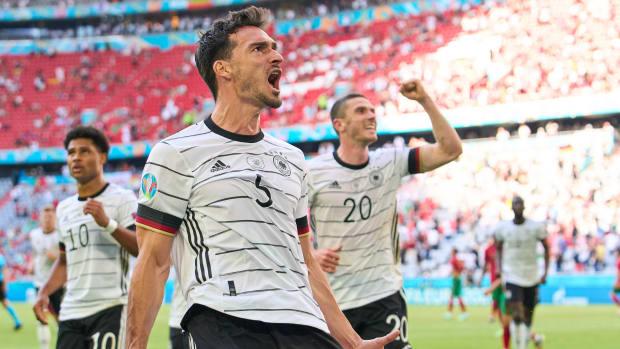 Germany celebrating against Portugal