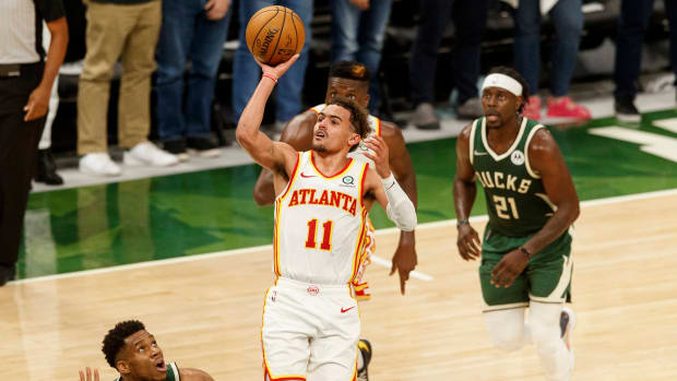 trae young (5)