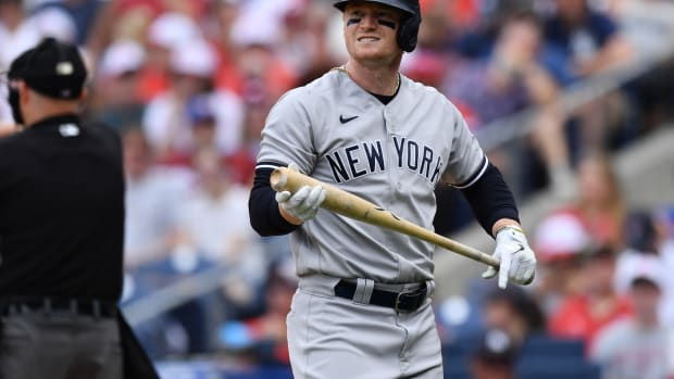 Yankees OF Clint Frazier strikes out