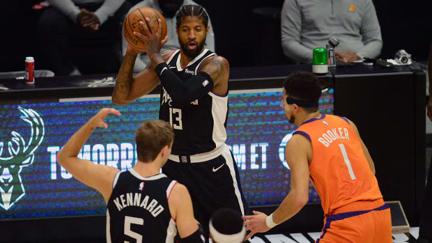 Paul George, Clippers win Game 3 vs. Suns in the Western Conference finals.