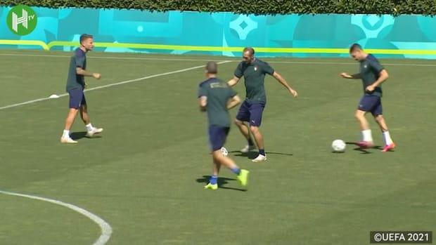 Italy's last training ahead of Austria clash
