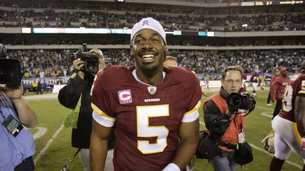 mcnabb-victorious-in-return-as-a-redskin-76199ebbde120b45