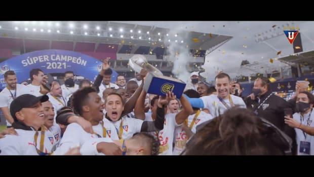 Liga de Quito celebrates winning the Supercopa Ecuador