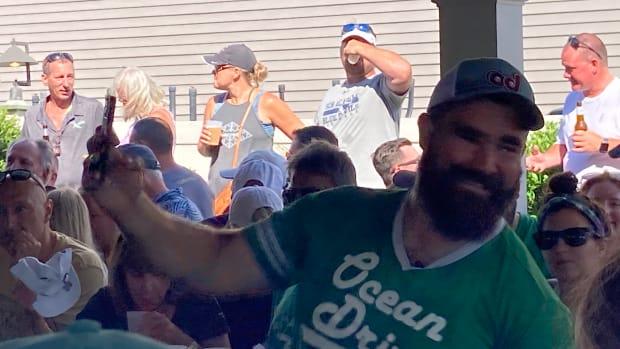 Eagles center Jason Kelce raissed $100,000 for Eagles Autism Foundation serving as a guest bartender