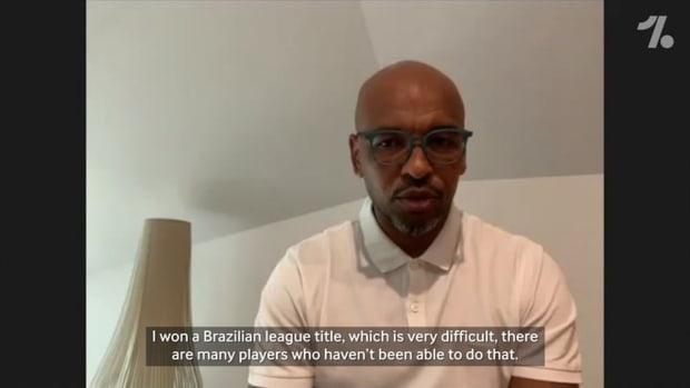 Marcos Senna on his first steps in Brazil and his move to Villarreal