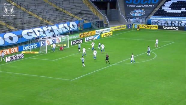 Felipe Alves's incredible saves secures a point for Fortaleza vs Grêmio