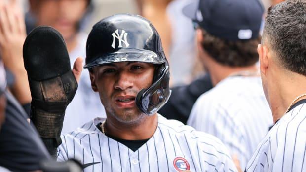 Yankees SS Gleyber Torres dugout celebration