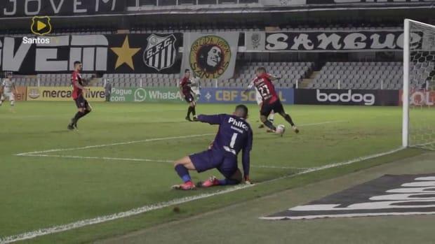 Santos beat Athletico-PR at Vila Belmiro