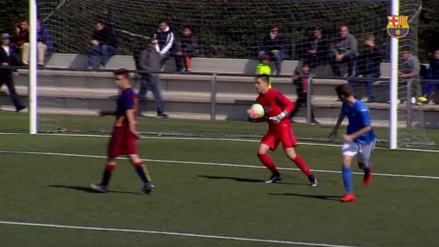 Arnau Tenas' footwork and saves at FC Barcelona