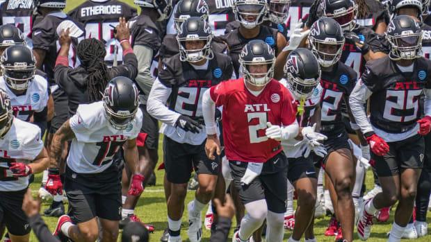 Falcons Team Dale Zanine-USA TODAY Sports