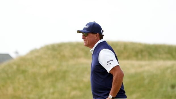 Mickelson Second Round