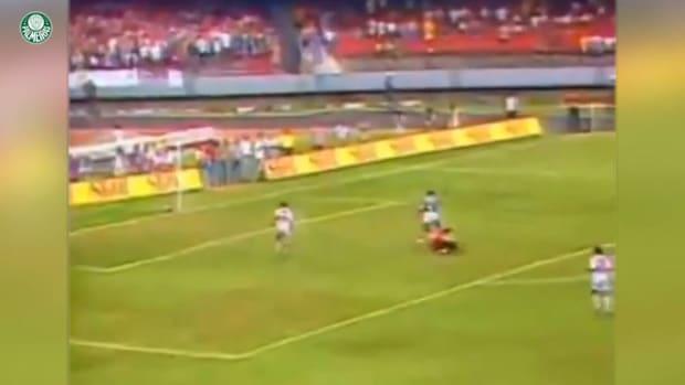 Cesar Sampaio's incredible solo goal vs São Paulo