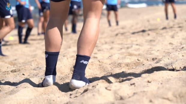 FC Porto stars work on the beach