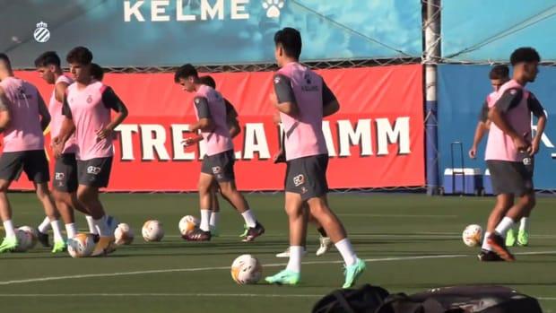 Wu Lei back in Espanyol training