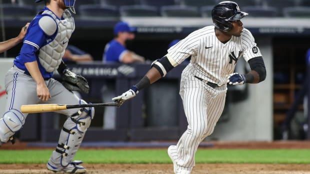 Yankees OF Estevan Florial swinging
