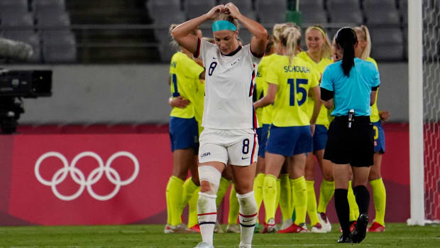 Julie Ertz and the USWNT lose to Sweden in the Olympics