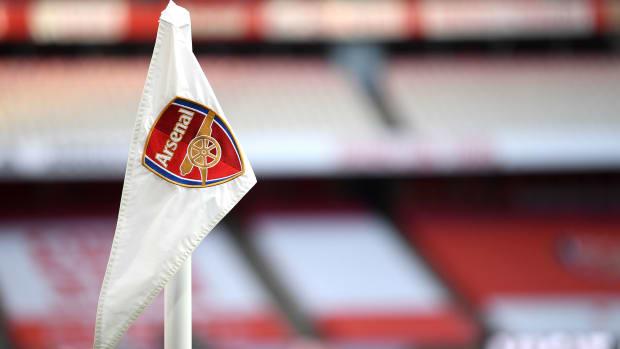 Arsenal-Flag-Coronavirus-Tests