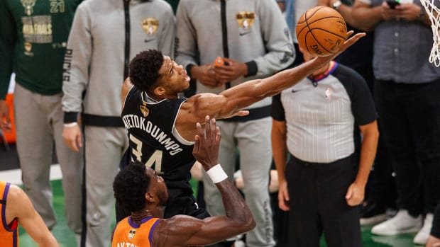 game-6-giannis-action-shot
