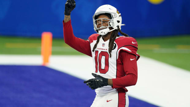 Jan 3, 2021; Inglewood, California, USA; Arizona Cardinals wide receiver DeAndre Hopkins (10) reacts in the fourth quarter against the Los Angeles Rams at SoFi Stadium. The Rams defeated the Cardinals 18-7. Mandatory Credit: Kirby Lee-USA TODAY Sports