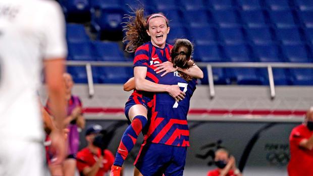 Rose Lavelle celebrates her goal vs. New Zealand