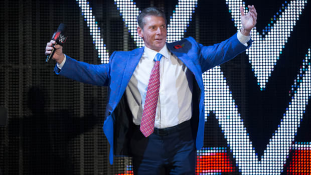 Vince McMahon encourages crowd at WWE event