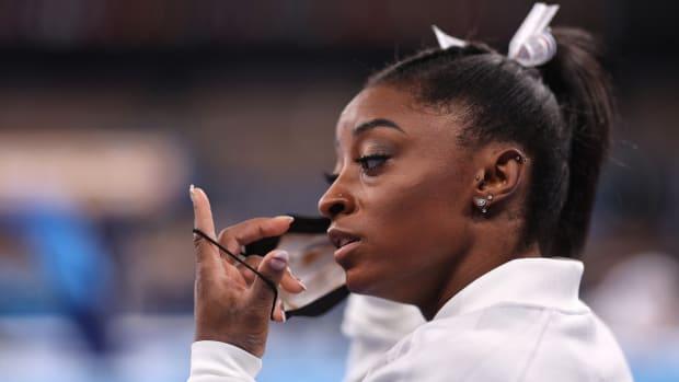 U.S. gymnast Simone Biles withdraws from the Olympic team final