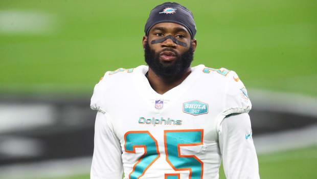 Dec 26, 2020; Paradise, Nevada, USA; Miami Dolphins cornerback Xavien Howard (25) against the Las Vegas Raiders at Allegiant Stadium.