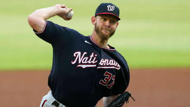 Stephen Strasburg pitching for the Nationals
