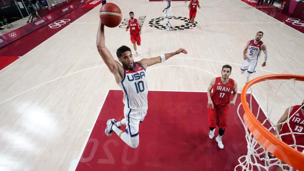 Jayson Tatum dunks against Iran.