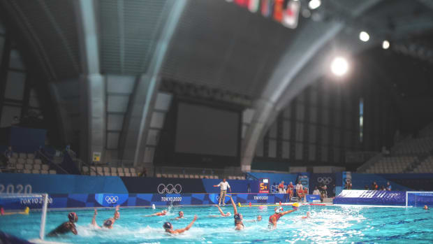 water-polo-empty-arena-lead