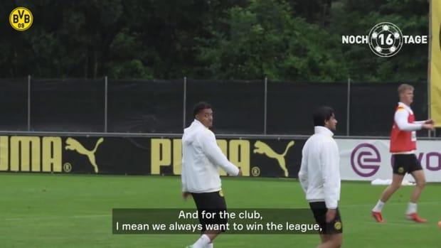 Dortmund's new signing Malen: 'I think I can improve in the Bundesliga'