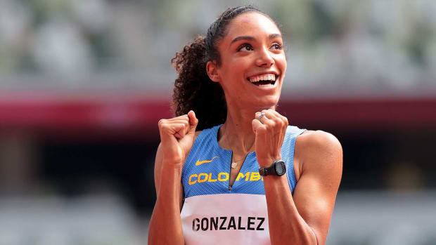 TOKYO, July 31, 2021 (Xinhua) -- Melissa Gonzalez of Colombia reacts during the Women's 400m Hurdles Heat at the Tokyo 2020 Olympic Games in Tokyo, Japan, July 31, 2021